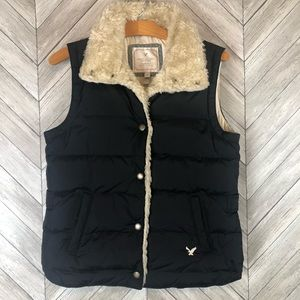 American Eagle Outfitters Puffer Vest with Fur